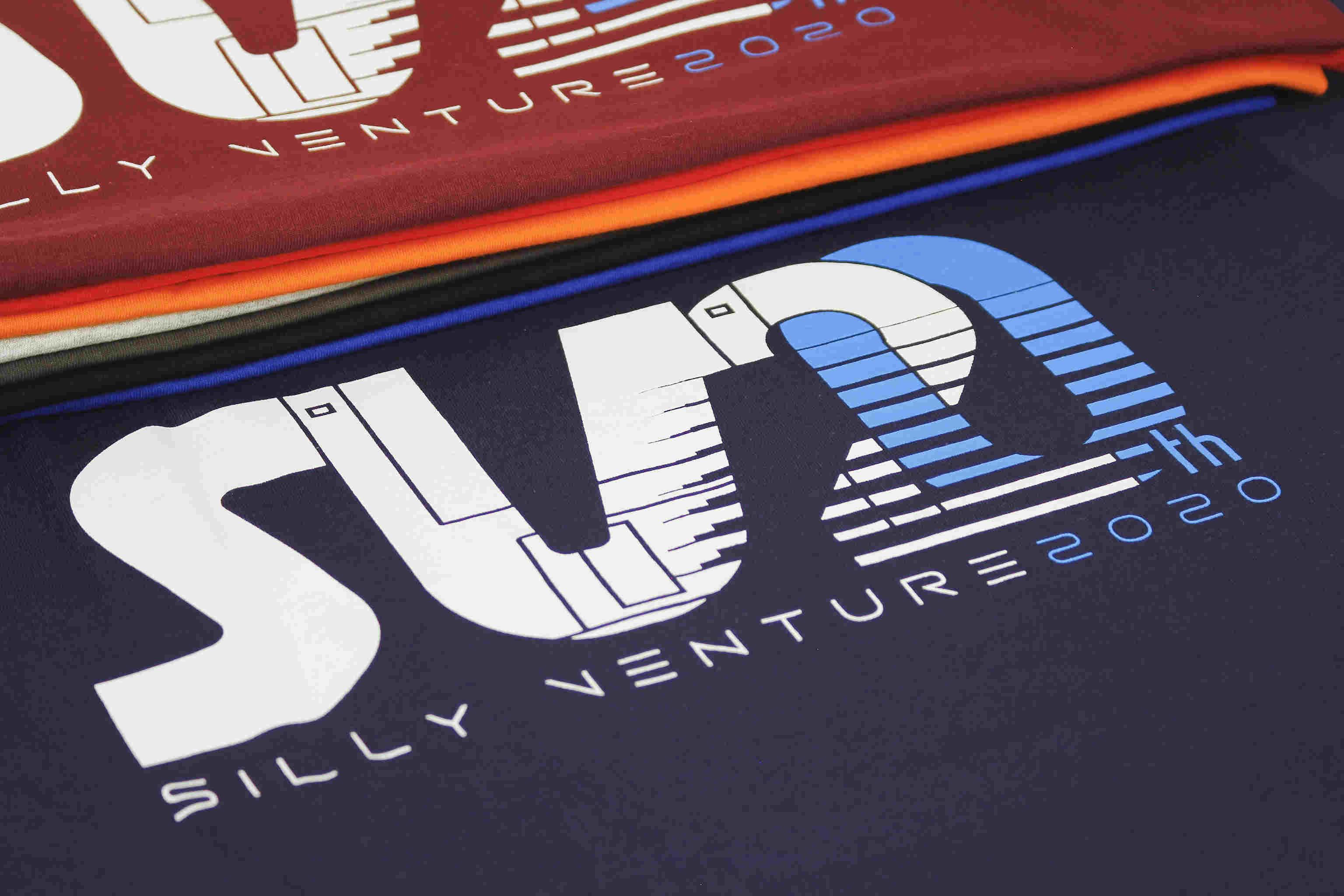 http://www.sillyventure.eu/images/news2020-2021/shirts7.jpg